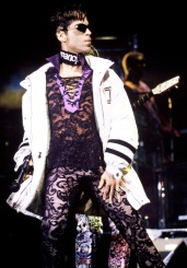 SAN JOSE, CA - April 19: Prince (The Artist) performing at the San Jose State Event Center in San Jose, California on April 19, 1997. (Photo by Tim Mosenfelder/Getty Images)